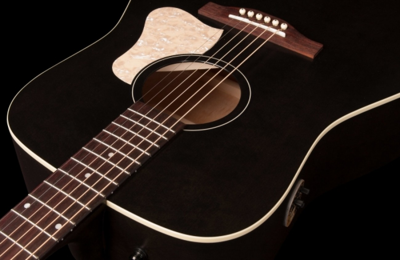 Art & Lutherie Americana Q1T Faded Black